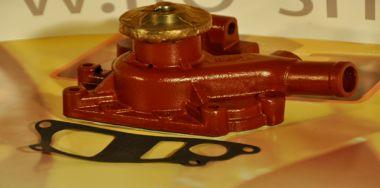 Wasserpumpe 4D95