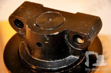 Komatsu CD 60 R Laufrolle aussen 13S-30-12203