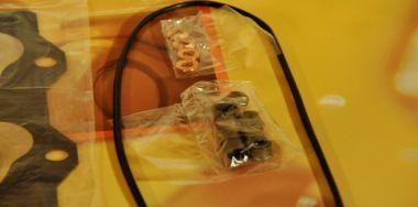 Seal kit for Komatsu Diesel Engine 4D95L 4204-K2-0901